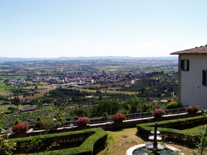 The million dollar view in Cortona, Italy July 2007
