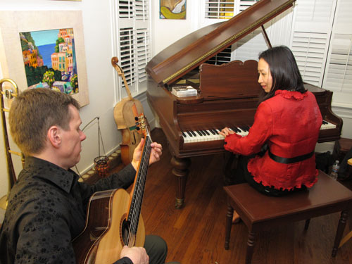 Jam session after the house concert in Montrose. Photo: Melissa Noble